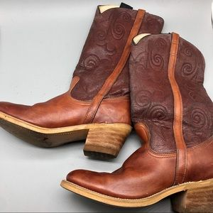 Dingo brown leather heeled cowboy western boots